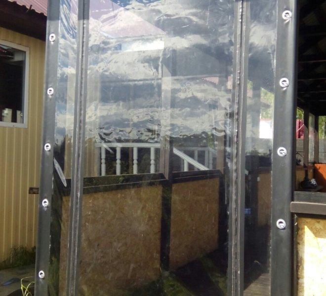 Дверь из прозрачного ПВХ на молнии